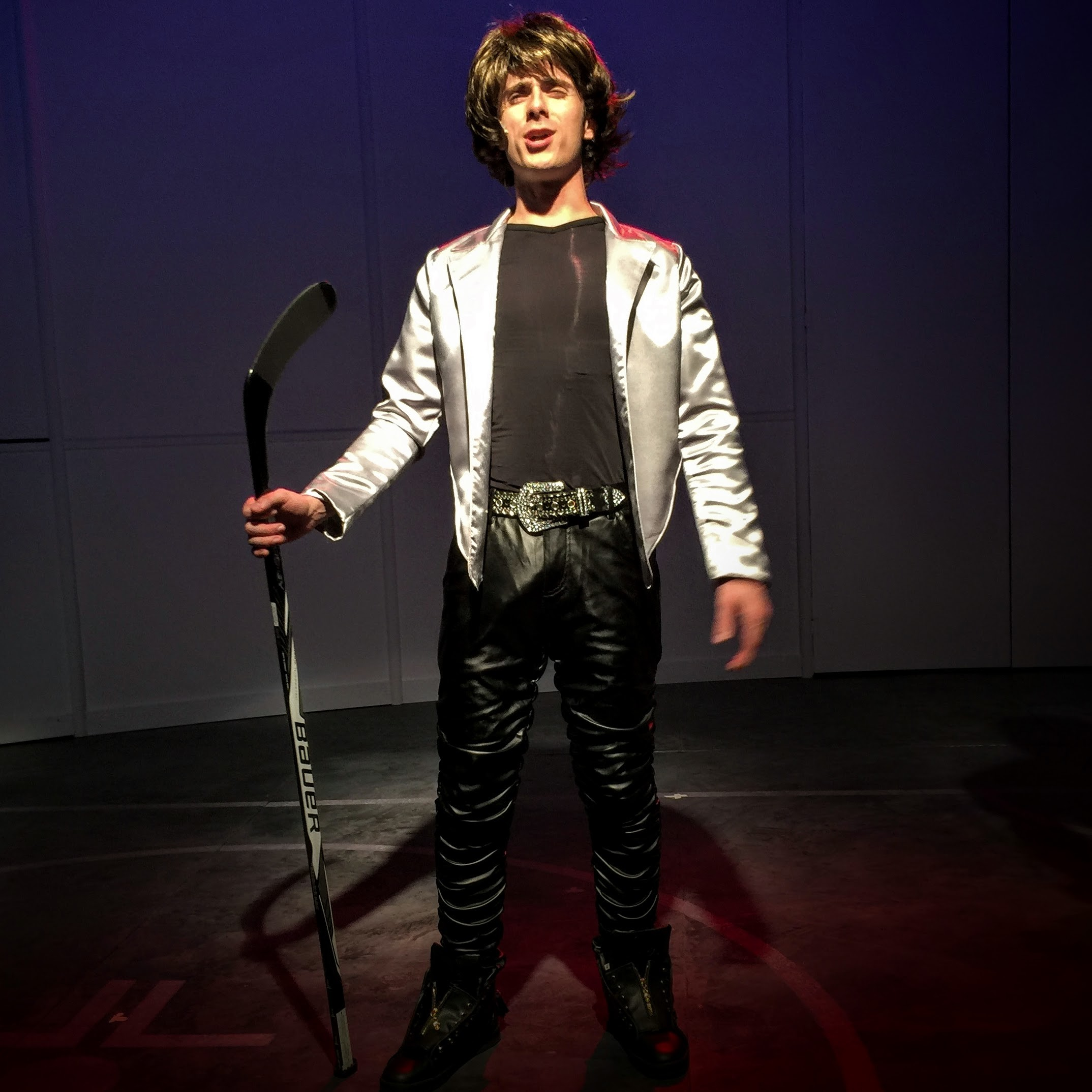 John DeLisa (Guy, Mikal Jagger)