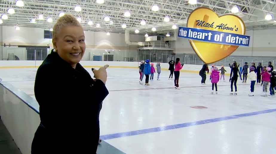 Figure Skating in Detroit (S6 E10)